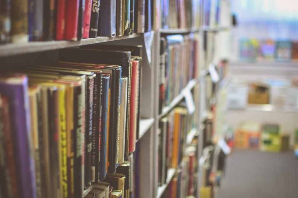 本や漫画、雑誌が無料